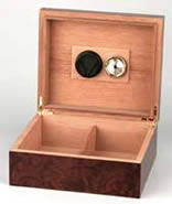 Humidor with Cigar Leaf decoration open
